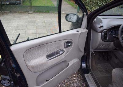 auto-moto-spa-myjnia-samochodowa-bydgoszcz-renault-scenic-001