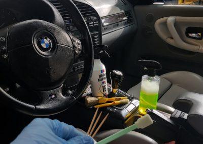 BMW E36 - Mycie detailingowe + Korekta lakieru + Wosk Soft99 + Dokładne czyszczenie wnętrza9