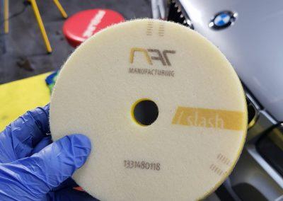 BMW X5 - Jednoetapowa korekta lakieru + wosk Soft 99 + detailingowe czyszczenie wnętrza2