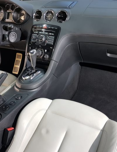 Peugeot RCZ - czyszczenie-zabezpieczenie-skor-jednoetapowa-korekta-akieru-wosksoft99-004