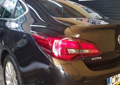 Opel Astra – Mycie detailingowe + Jednoetapowa korekta lakieru + Wosk Soft99 +dokładne czyszczenie wnętrza